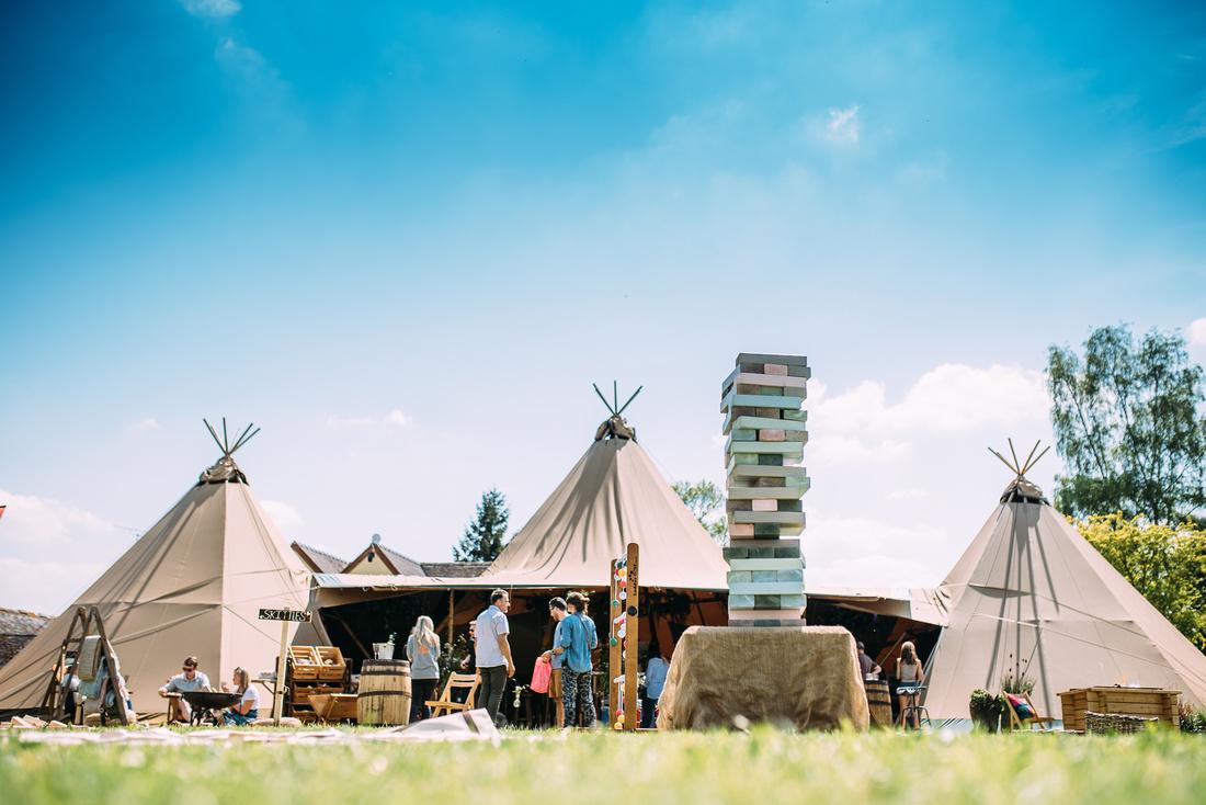 WEDDING SUPPLIERS WEDDING FAYRE FESTIVAL EMMA GRAYSTONE PHOTOGRAPHY