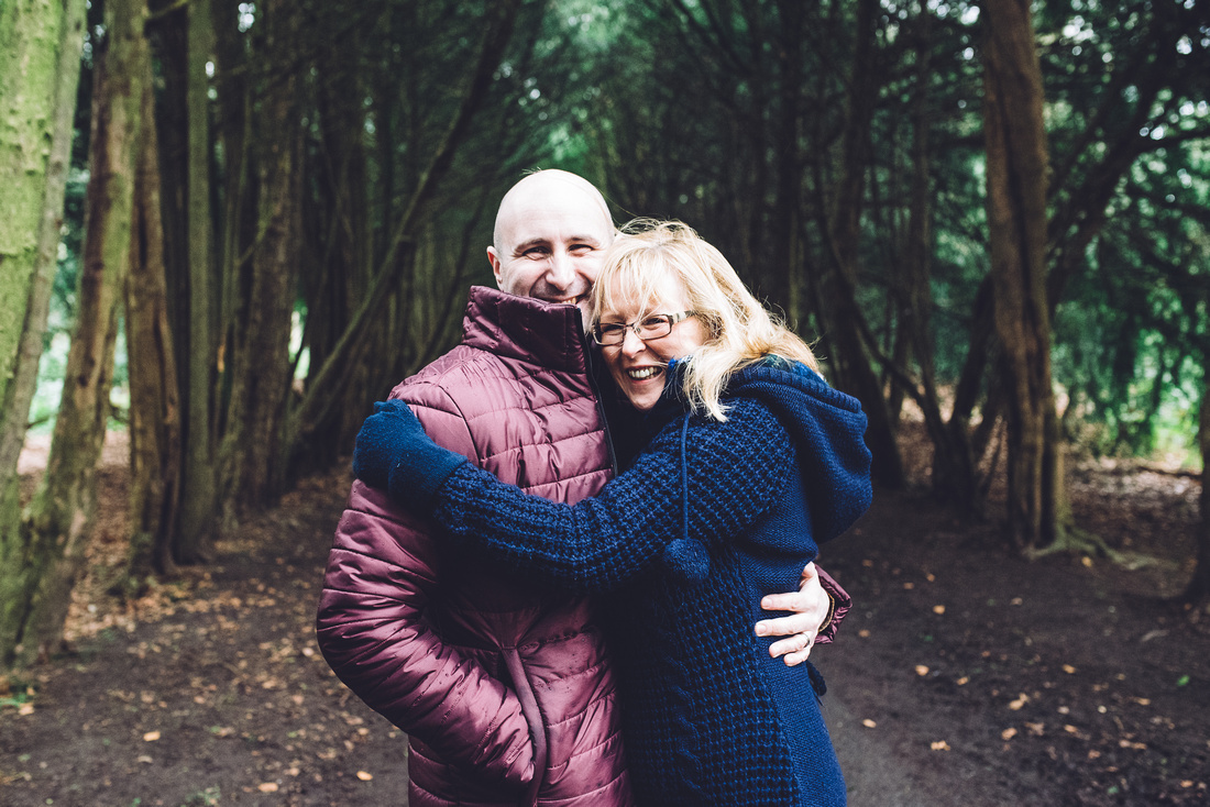 OUTDOOR FAMILY PHOTO SHOOT APLEY WOODS SHROPSHIRE EMMA GRAYSTONE PHOTOGRAPHY
